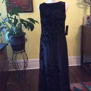 Beautiful black Ralph Lauren gown size 6